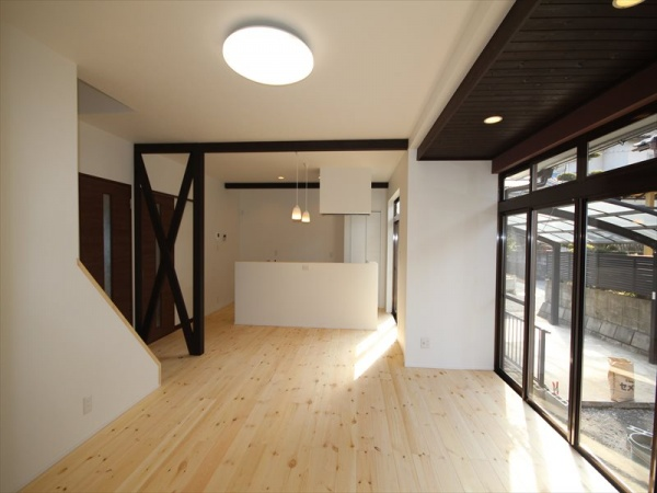 大分市中古住宅リノベーションO様邸リビングアフター写真